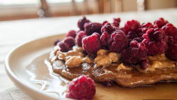 2f46b063 honolulu amarican breakfast 364x205 - ハワイで試そうアメリカンな朝食が味わえるレストラン9選