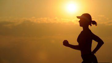 2732e993 hawaii marathon 364x205 - ホノルルでローカルに混ざって人気のランニングコースで早朝ランニングをしよう!
