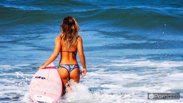 ed3a4687 hawaii surf school 364x205 - ハワイの海を満喫したいあなたにオススメのサーフスクール