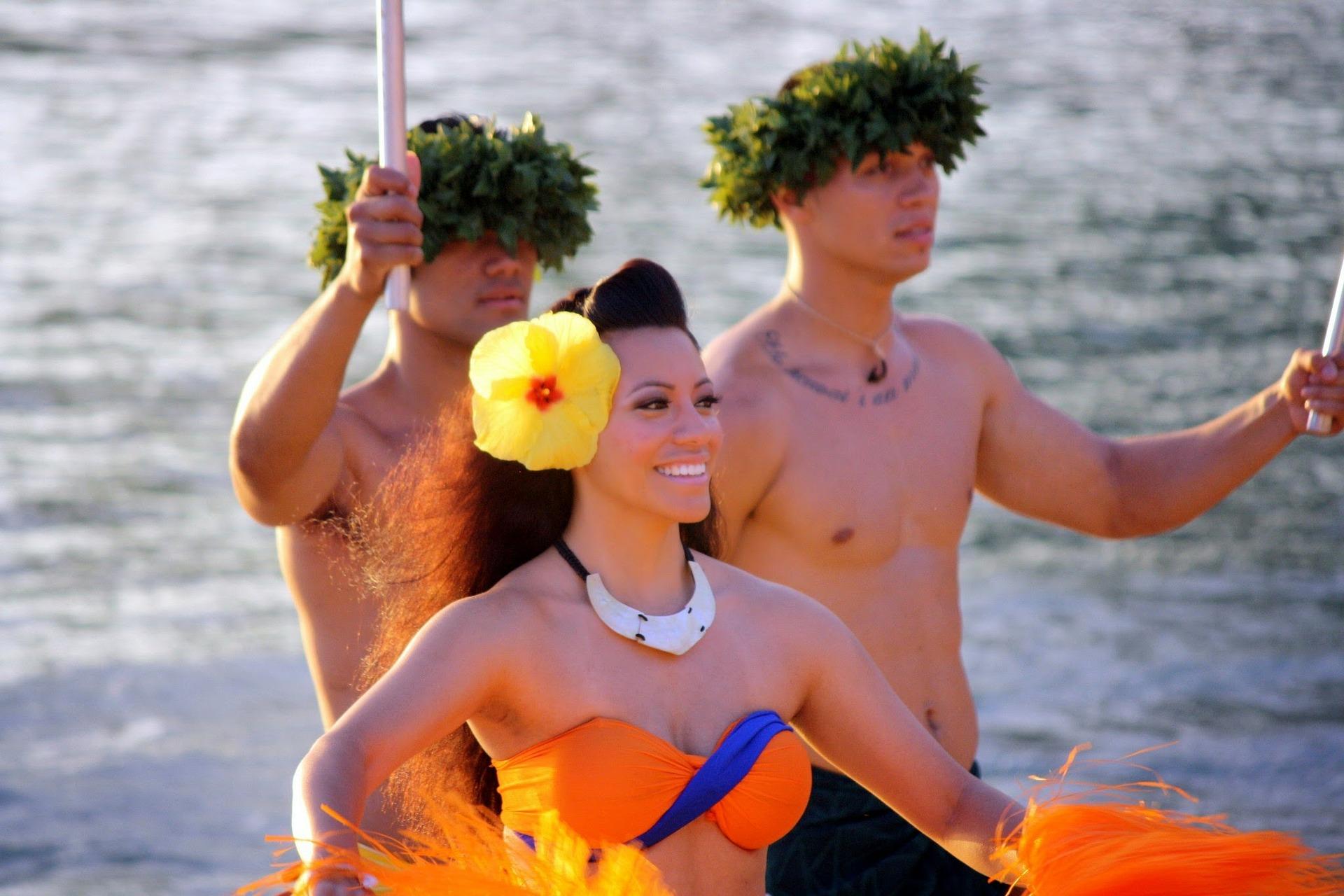 16bebb7f hawaii show - ハワイ気分を満喫!絶対参加したいおすすめ宴会とパフォーマンス10選